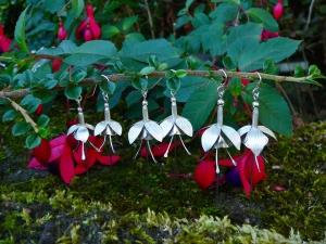 earrings fuchsias3 1